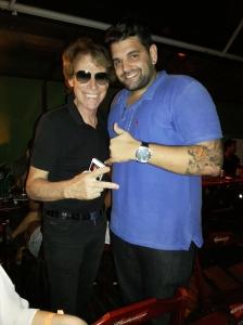 Os amigos Teddy Paez e Rafael Oliveira